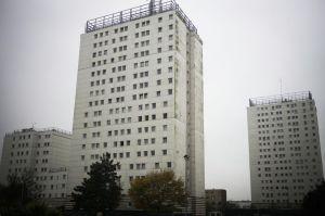 566188-france-pauvrete-ville