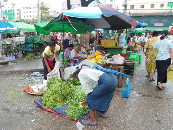 yangon-street-vendor-market-vegetable