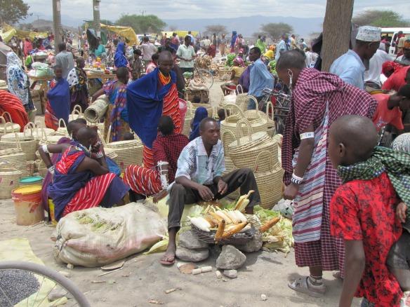 people-city-food-vendor-africa-bazaar-1102633-pxhere.com.jpg